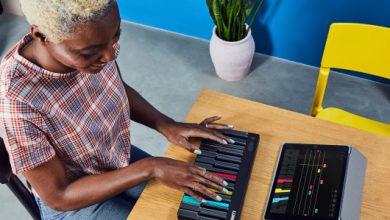 Photo of El nuevo instrumento de Roli, el Lumi, te ayuda a aprender a tocar el piano con luces