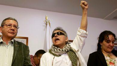 Photo of Colombia: Exlíder de las FARC toma posesión en el Congreso