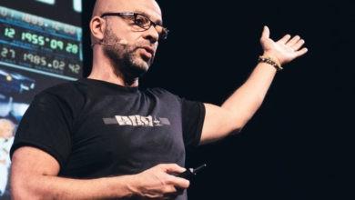 Photo of El ex miembro de Google X ecec Mo Gawdat quiere reinventar el consumismo