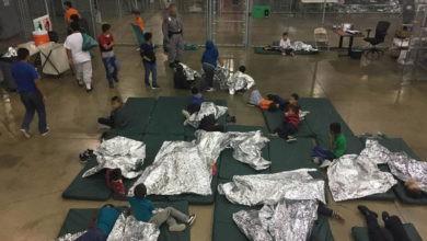 Jueza bloquea reglas de detención de niños migrantes 6