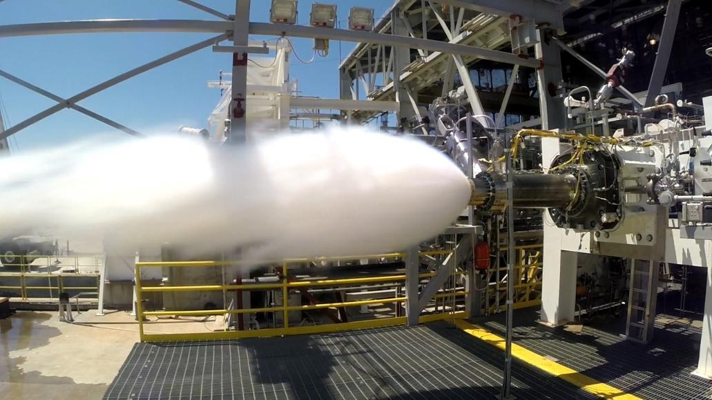 Prueba de precombustión del motor exitosa AR1 min