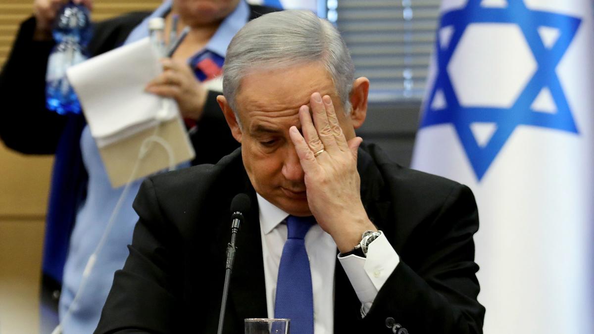 Netanyahu enfrenta cargos por fraude y pago de coimas 2