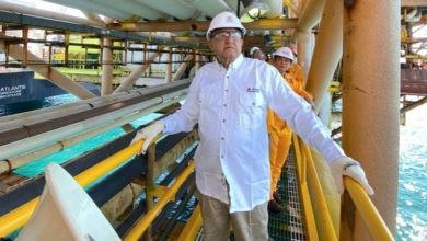 Photo of Recorre AMLO plataforma en Campeche capaz de producir 200 mil barriles diarios de petróleo | FOTOS
