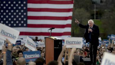 Sanders defiende a Fidel Castro; demócratas y republicanos lo critican