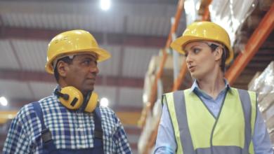 Photo of Bluecrew lanza una aplicación móvil para ayudar a las empresas a administrar una fuerza laboral flexible