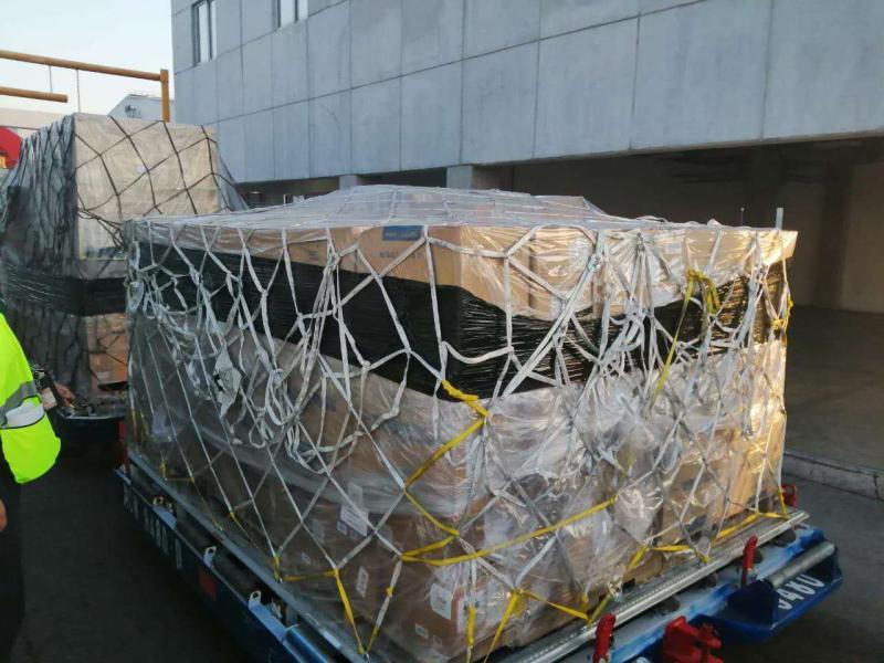 Llegan a México 50 mil kits de pruebas para detectar Covid-19, donados por China 2