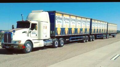 Photo of Arriban camiones cargados de cerveza y los reciben con aplausos