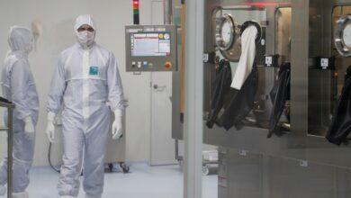 Photo of Rusia aprueba primer medicamento contra Covid-19 y desarrolla vacuna nasal