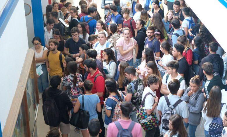 Andalucía distribuirá 4.984 profesores de refuerzo en función de la ratio de alumnos 1