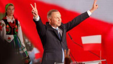 Photo of La ajustada batalla por la presidencia polaca se dirime en la ultraderecha