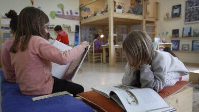 Photo of Niños y jóvenes prefieren el libro de papel