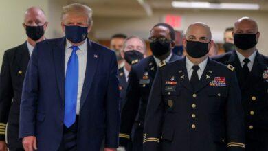 Photo of Estados Unidos: Donald Trump se mostró por primera vez con barbijo desde el inicio de la pandemia de coronavirus