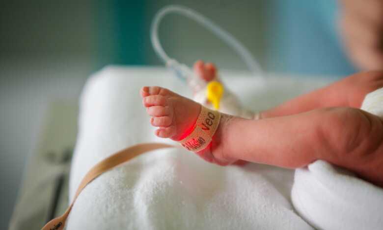 Más de 80 bebés se contagian de coronavirus en un solo condado de Texas 1