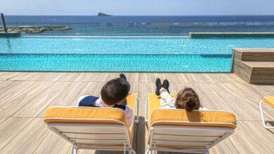 """Photo of Benidorm abre el 50% de sus hoteles y confía en """"un verano de última hora"""""""