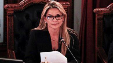 Photo of Bolivia: en medio de una suba récord de casos, Jeanine Añez confirmó que tiene coronavirus