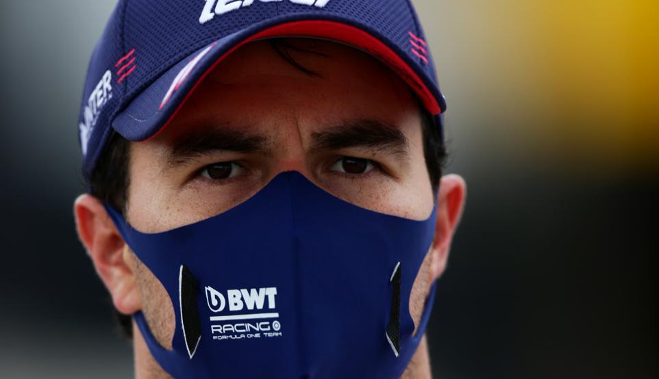 Checo Pérez, positivo por coronavirus y baja en el GP de Gran Bretaña 1