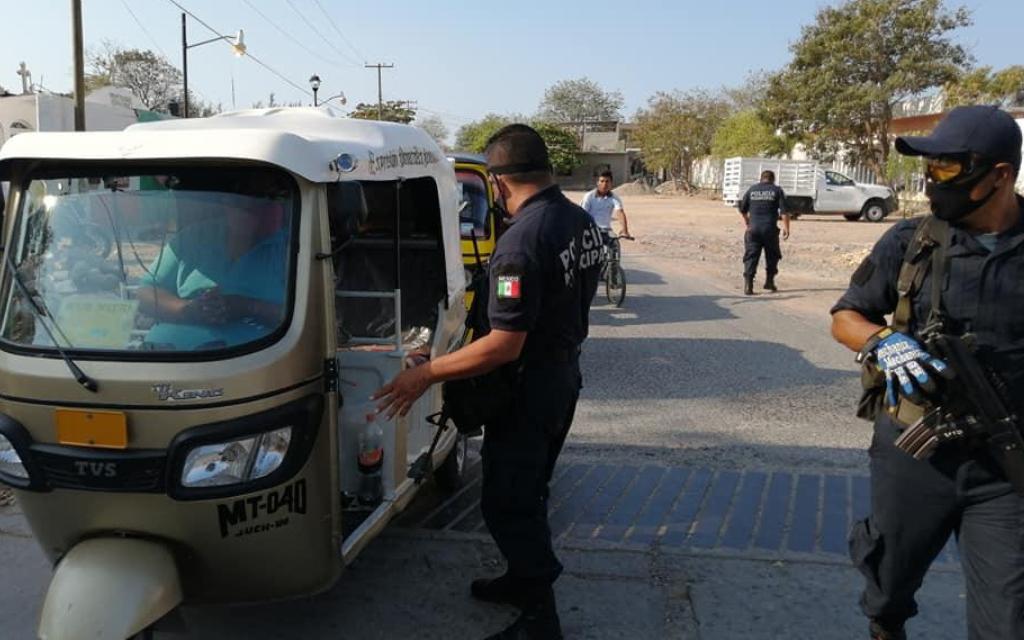 En cuarentena, más de 40 policías de Juchitán por posible Covid-19 2