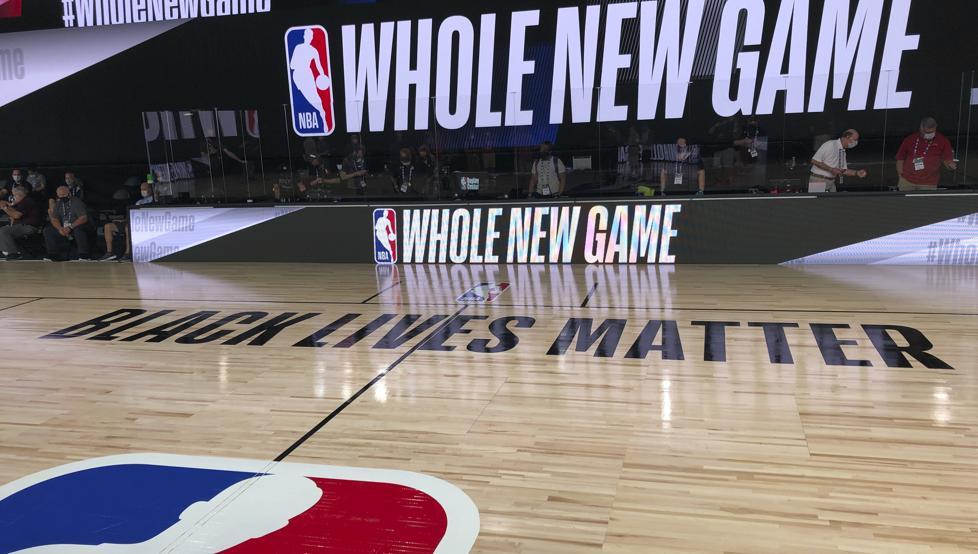 Los Jazz y los Pelicans planean arrodillarse juntos en la inauguración de la burbuja 8