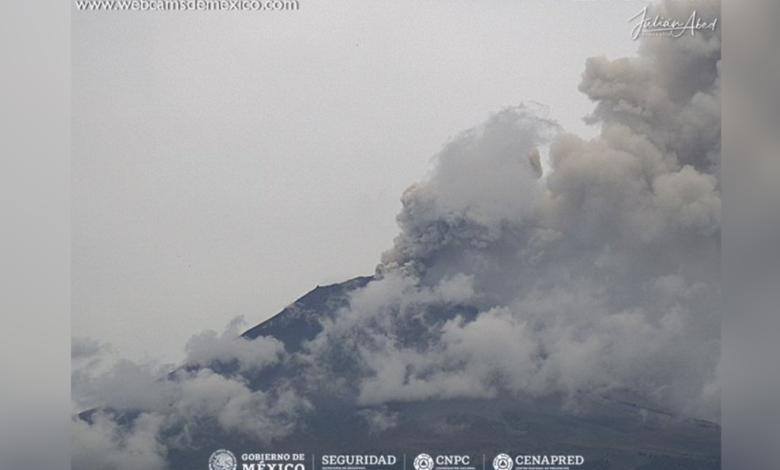 Tras explosión del Popocatépetl, reportan caída de ceniza en CDMX | Video 1