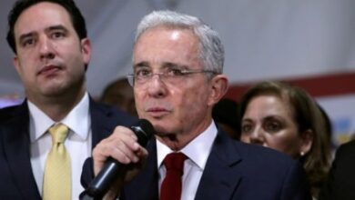 Photo of Corte Suprema de Colombia ordena detención del expresidente Álvaro Uribe