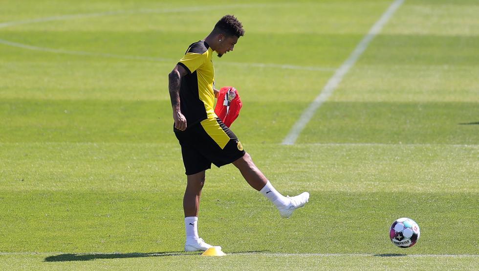 Photo of El fichaje de Jadon Sancho por el Manchester United se calienta