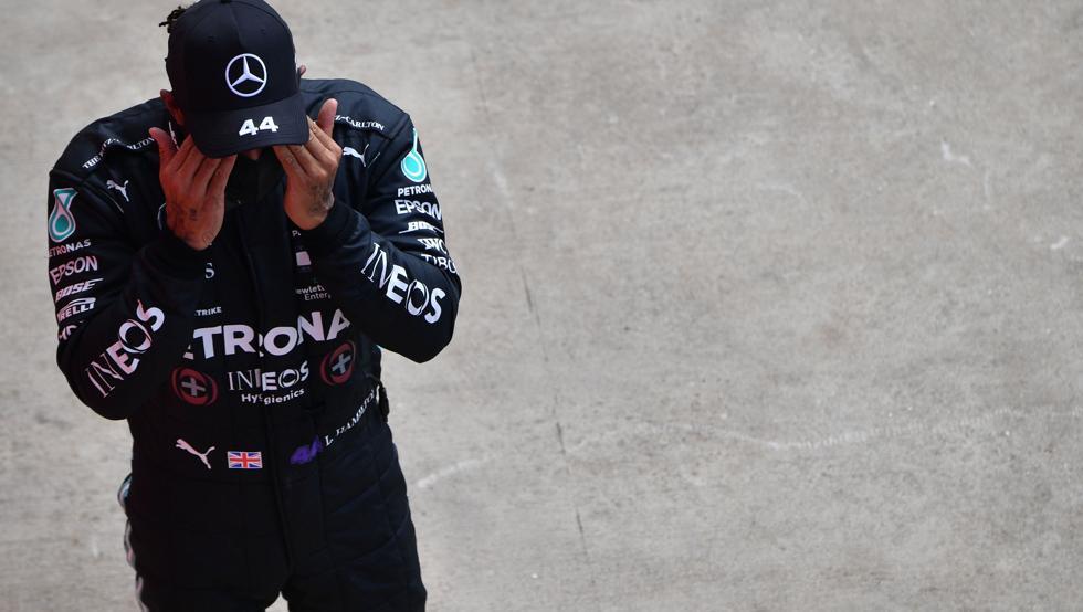 "Photo of Hamilton: ""Bottas mereció la pole"""