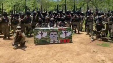 Photo of Hombre que dice ser 'El Mencho' pide a Guardia Nacional no estorbar en pleito contra 'El Abuelo' | Video