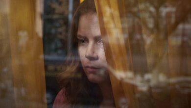 Photo of Thriller de Amy Adams La mujer en la ventana se dirige a Netflix después del retraso teatral