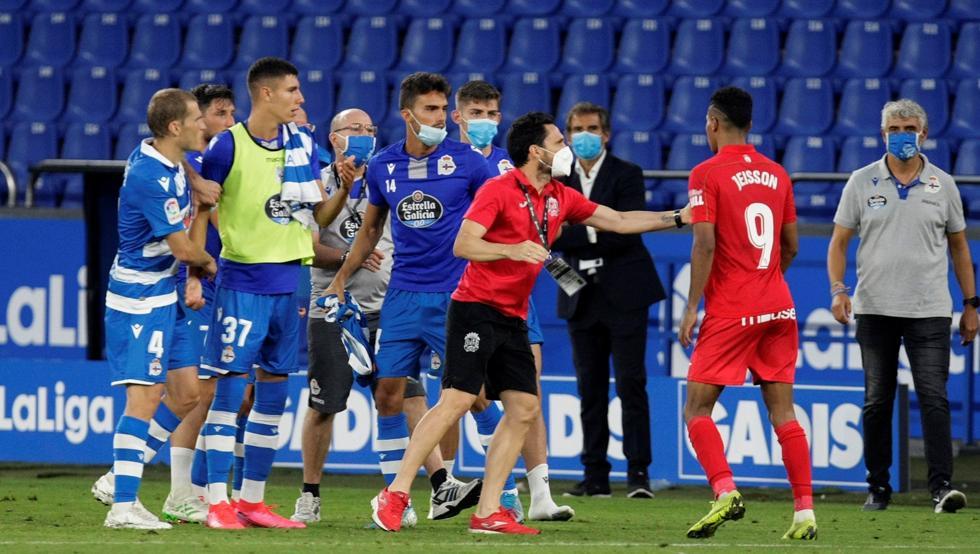 Photo of Un penalti condena al Fuenlabrada y da el 'play off' al Elche