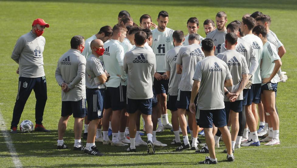 España juega un partido clave en Kiev 1