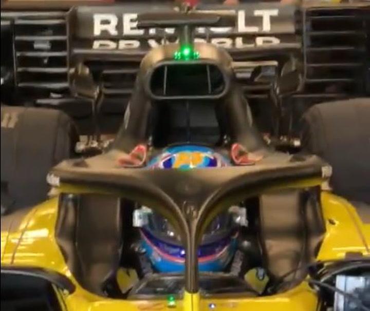 El Renault de Fernando Alonso, en Montmeló