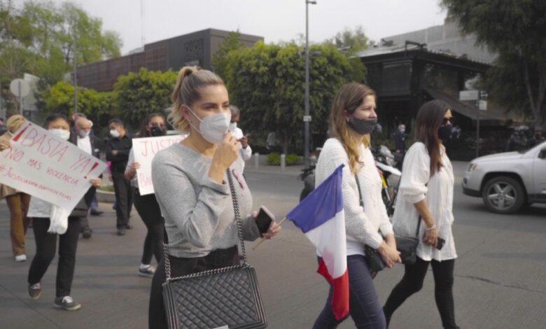 Marchan en Polanco para exigir justicia por el asesinato de empresarios mexicano y francés 1