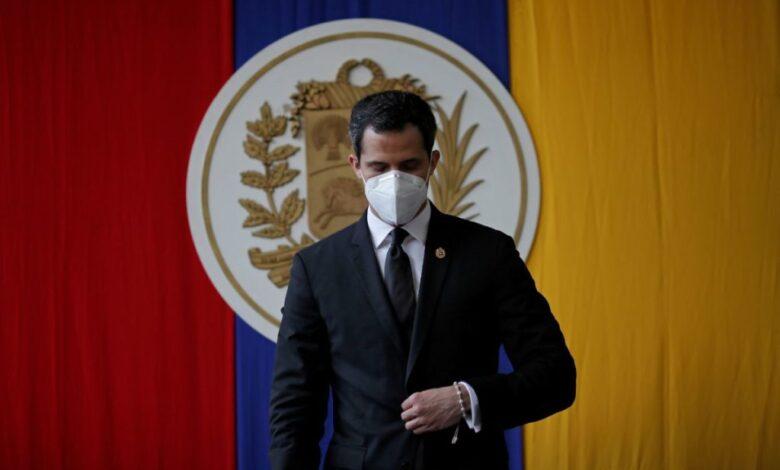 EU emite licencia que permite transacciones con líder opositor venezolano Juan Guaidó