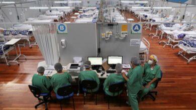 """Bolsonaro proclama que Brasil """"está de maravilla"""" horas después de decir que """"está quebrado"""" 10"""