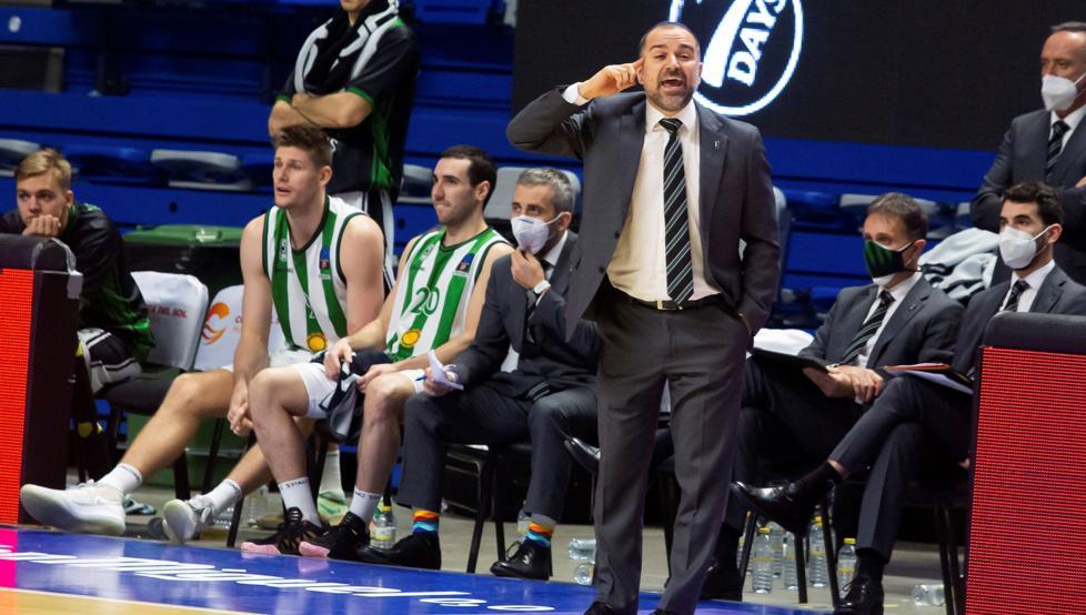 """Duran: """"Ganar al Iberostar demuestra el nivel actual del Acunsa GBC"""" 46"""