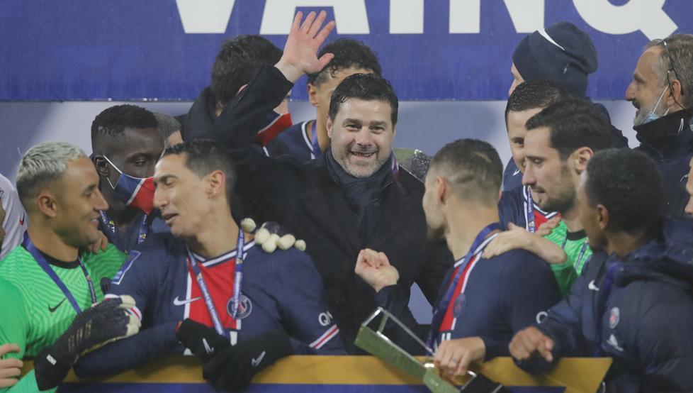 Yuri felicita desde Lezama al PSG por su victoria en la Supercopa francesa 1